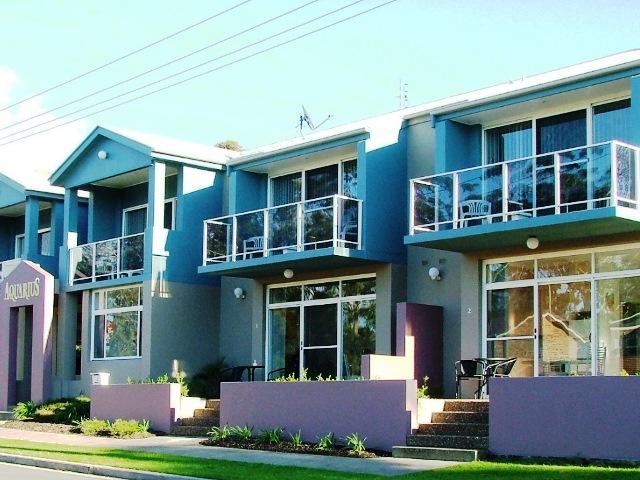 mollymook beach,mollymook golf,mollymook accommodation,accommodation,mollymook,apartments,accommodation in mollymook