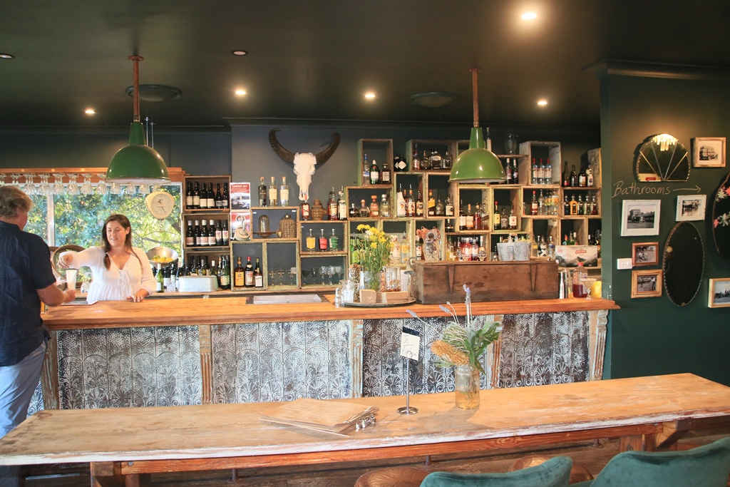Harvest Milton,Harvest,Wine bar,Mollymook ocean swimmers,Mollymook,Destination Mollymook Milton Ulladulla,Mollymook Beach,Mollymook Beach Waterfront