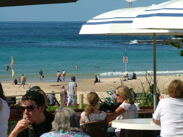 Mollymook beach hut cafe,Beach Hut Café,Beach,cafe,eating out