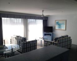 self contained,mollymook,apartments,accommodation,luxury,golf,mollymook beach