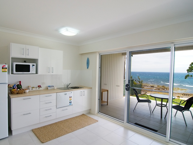 golf,mollymook accommodation,luxury,beach,bed and breakfast