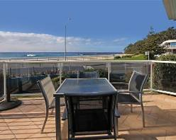 Holiday apartments,Mollymook Beach,Mollymook Golf,