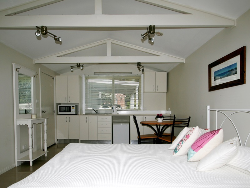 accommodation Mollymook,Mollymook accommodation,accommodation in Mollymook,accommodation at Mollymook,couples accommodation,Mollymook,accommodation