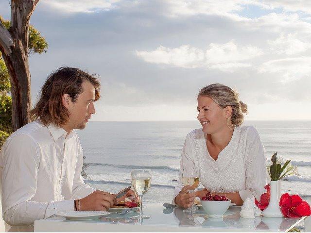 Bridal,romance,honeymoon,accommodation,Mollymook Apartments,Mollymook Motel,accommodation mollymook