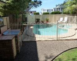 accommodation at mollymook,mollymook beach,mollymook golf,motel,apartments
