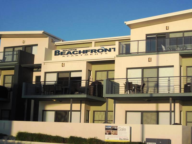 mollymook apartments,mollymook,apartments,accommodation,luxury,golf,mollymook beach